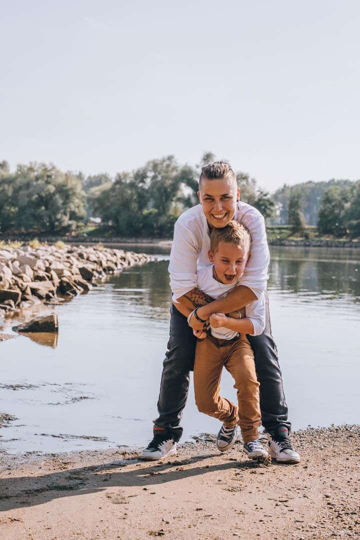 Portrait Mama und Sohn in Deggendorf