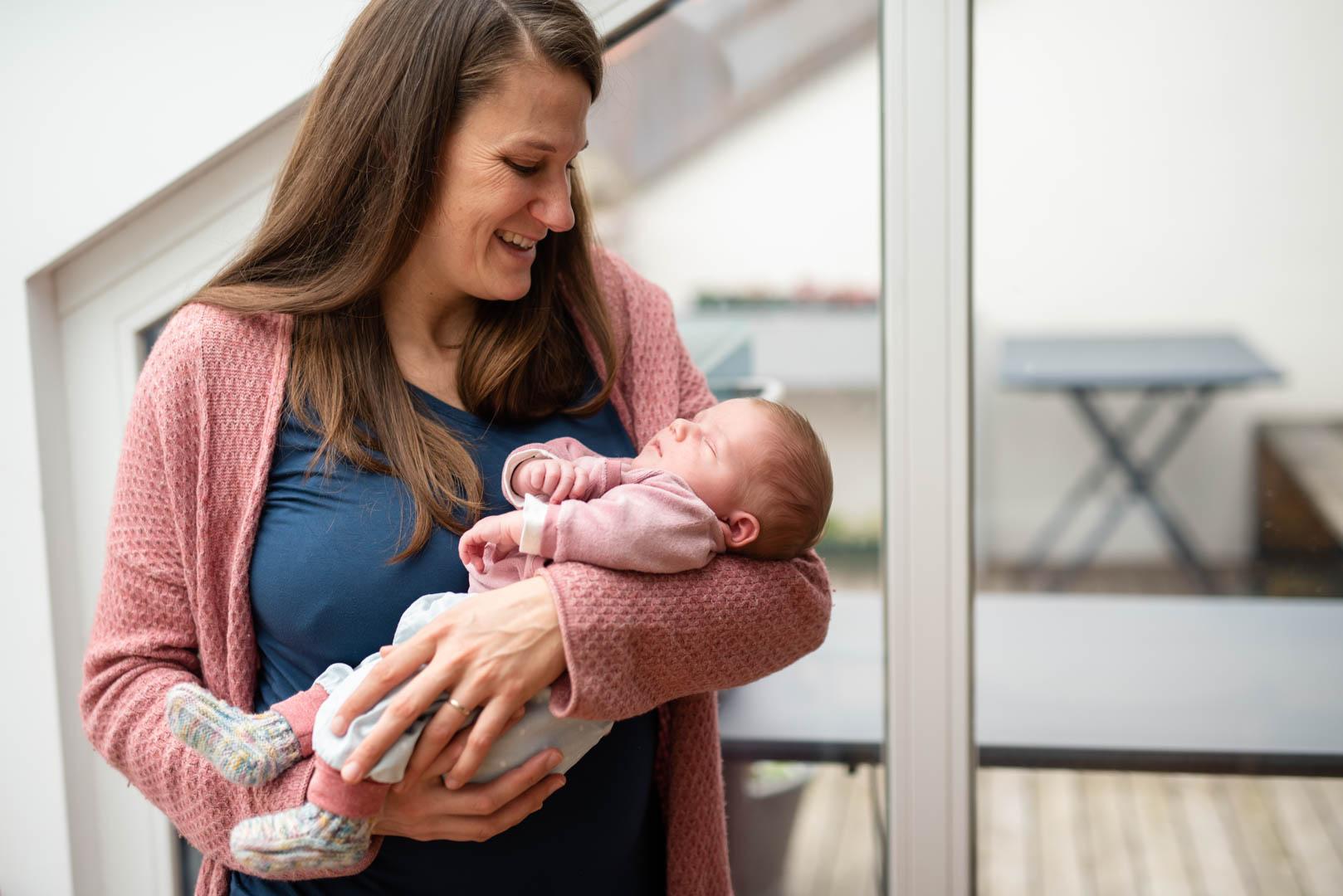 Portrait Mama mit Baby aus Homestory in München